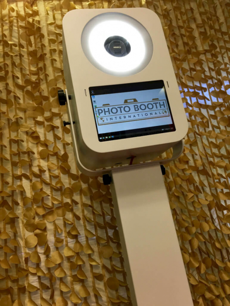Pbi12 front bottom by photo booth international