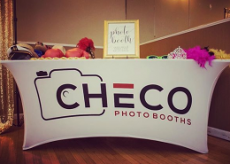 checo photo booth table