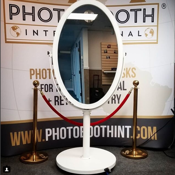 Oval Mirror Photo Booth