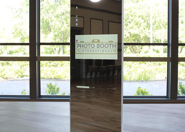 mirror booth 3 shop